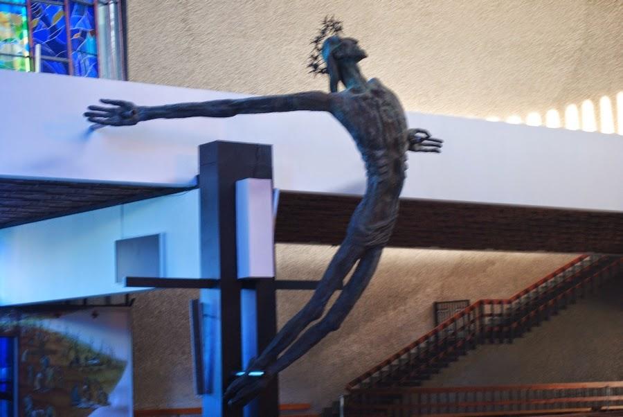 Rzeźba Chrystusa Ukrzyżowanego